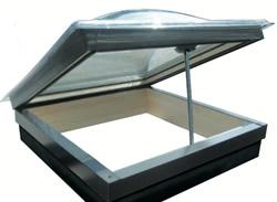 Lista di lucernari e finestre per mansarde claus for Lucernari tipo velux