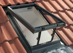 Lista di lucernari e finestre per mansarde claus for Finestre per mansarde e lucernari