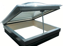 Lista di lucernari e finestre per mansarde claus for Finestre per tetto